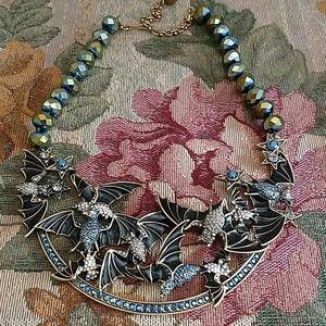Heidi Daus batty bib necklace